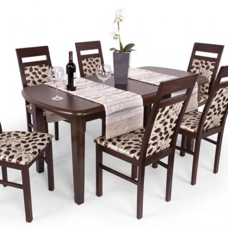 Léna étkező Dante asztallal
